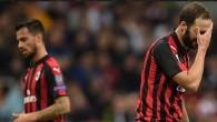 Milan, eski günlerini mumla arıyor…