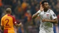 Sivasspor, Robinho transferi için Medipol Başakşehir'le görüştüğünü itiraf etti