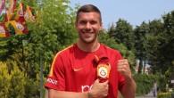 Lukas Podolski geri dönmek istiyor