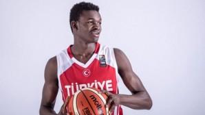 Türk basketbolu ondan çok şey bekliyor: Adem Bona