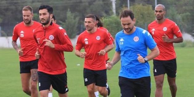 Antalyaspor, Fenerbahçe maçına 8 eksikle çalışıyor